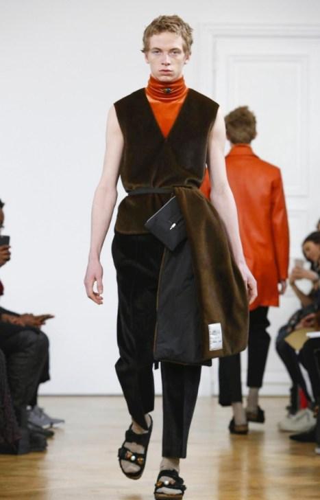 22-4_hommes-menswear-fall-winter-2017-paris21