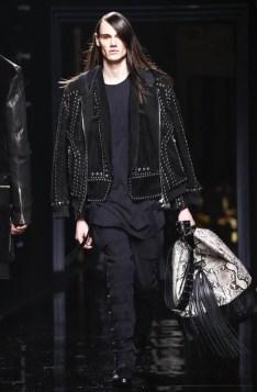 balmain-menswear-fall-winter-2017-paris57