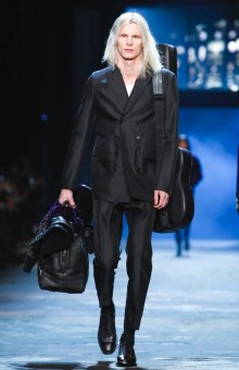 berluti-menswear-fall-winter-2017-paris8
