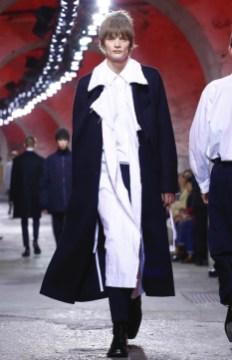 dries-van-noten-menswear-fall-winter-2017-paris54