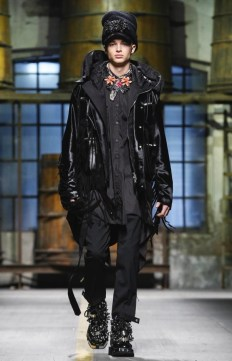 dsquared2-menswear-fall-winter-2017-milan2