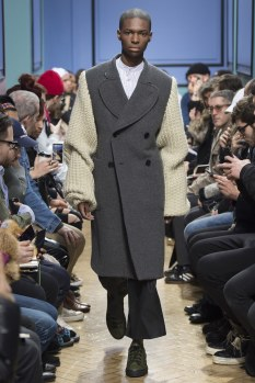 jw-anderson-aw17-london23