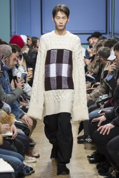 jw-anderson-aw17-london8