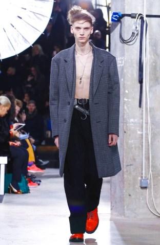 lanvin-menswear-fall-winter-2017-paris46