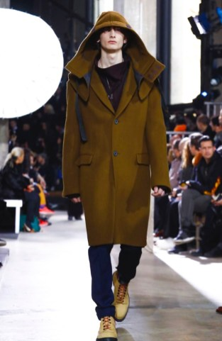 lanvin-menswear-fall-winter-2017-paris7
