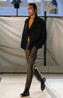 lemaire-menswear-fall-winter-2017-paris21