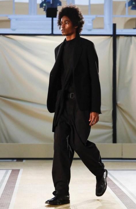 lemaire-menswear-fall-winter-2017-paris25