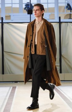lemaire-menswear-fall-winter-2017-paris35