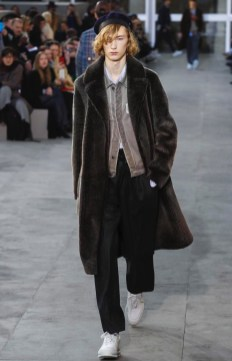 louis-vuitton-menswear-fall-winter-2017-paris4