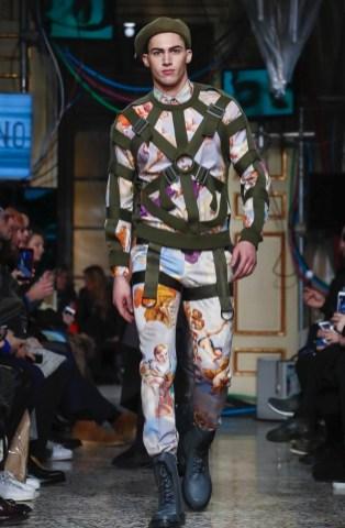 moschino-menswear-pre-fall-fall-winter-2017-milan20