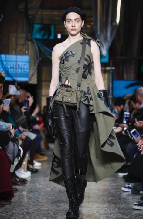 moschino-menswear-pre-fall-fall-winter-2017-milan26