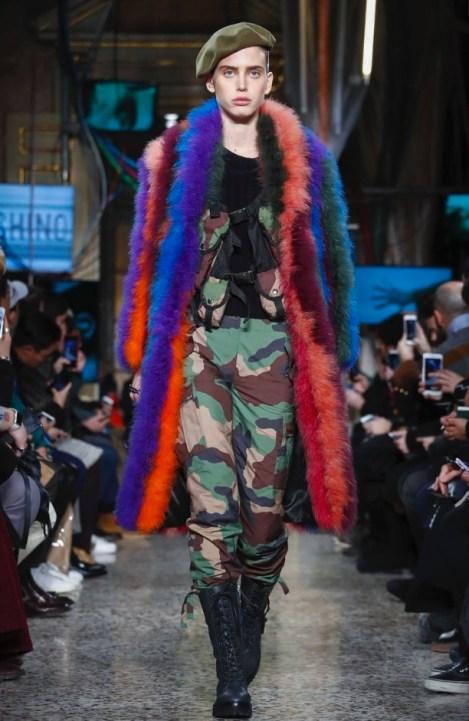 moschino-menswear-pre-fall-fall-winter-2017-milan65