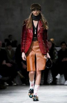 prada-menswear-fall-winter-2017-milan10