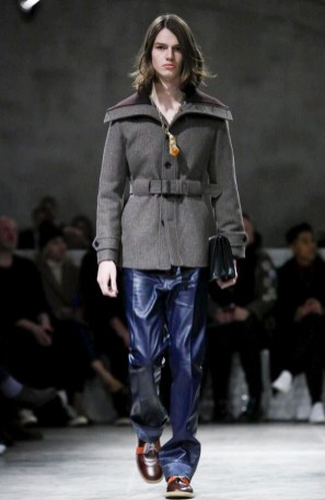 prada-menswear-fall-winter-2017-milan28