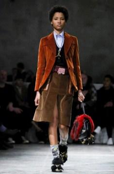 prada-menswear-fall-winter-2017-milan31