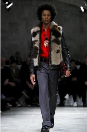 prada-menswear-fall-winter-2017-milan41