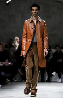 prada-menswear-fall-winter-2017-milan45