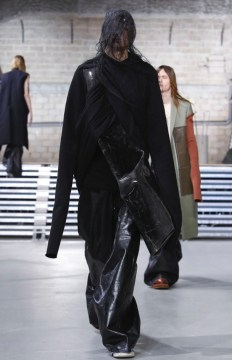 rick-owens-menswear-fall-winter-2017-paris28