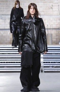 rick-owens-menswear-fall-winter-2017-paris37