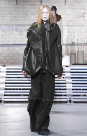 rick-owens-menswear-fall-winter-2017-paris7