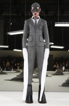 thom-browne-menswear-fall-winter-2017-paris11