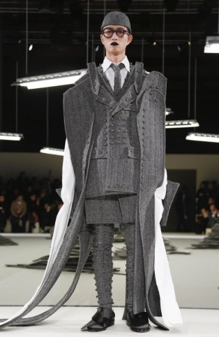 thom-browne-menswear-fall-winter-2017-paris18