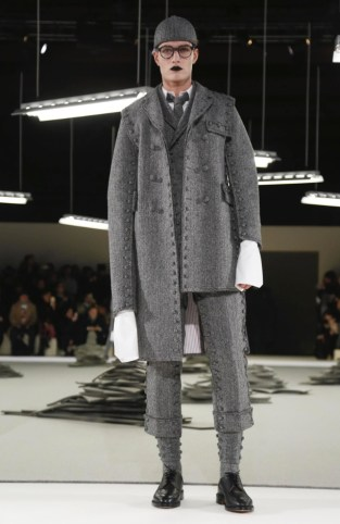 thom-browne-menswear-fall-winter-2017-paris19