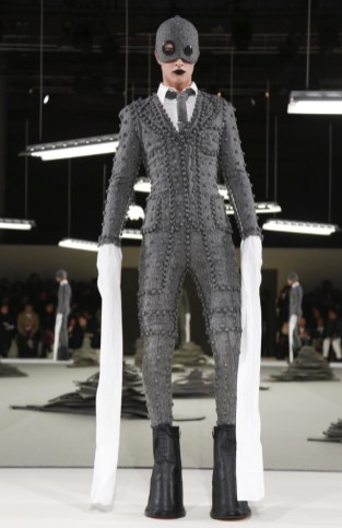 thom-browne-menswear-fall-winter-2017-paris34