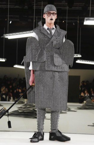 thom-browne-menswear-fall-winter-2017-paris5