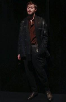 trussardi-menswear-fall-winter-2017-milan3