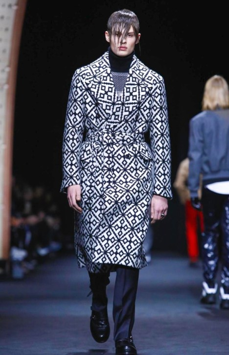 versace-menswear-fall-winter-2017-milan13