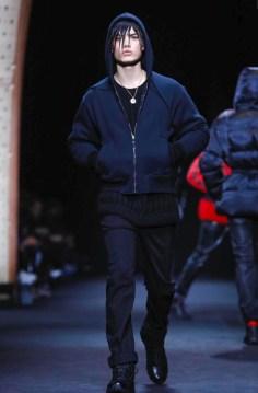 versace-menswear-fall-winter-2017-milan25