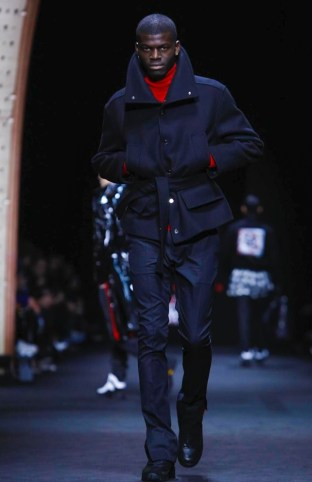 versace-menswear-fall-winter-2017-milan33