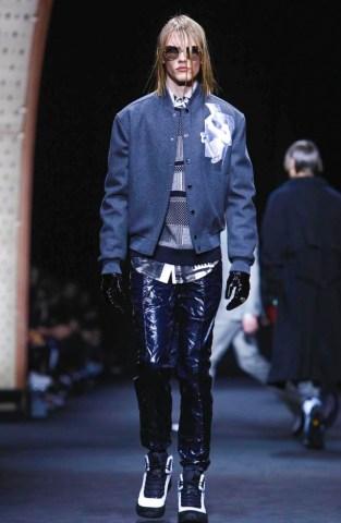 versace-menswear-fall-winter-2017-milan7