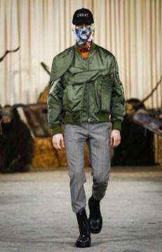 walter-van-beirendonck-menswear-fall-winter-2017-paris3