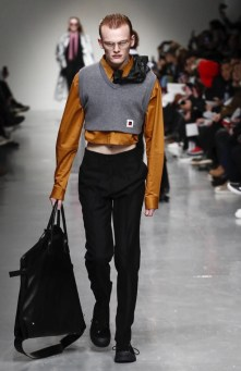 xander-zhou-menswear-fall-winter-2017-london10