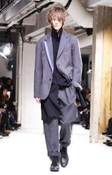 yohji-yamamoto-menswear-fall-winter-2017-paris24