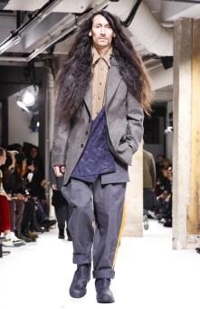 yohji-yamamoto-menswear-fall-winter-2017-paris29