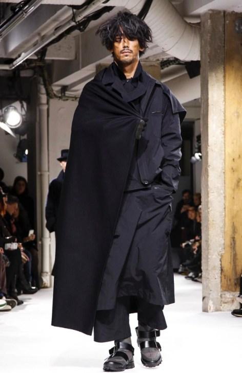 yohji-yamamoto-menswear-fall-winter-2017-paris44