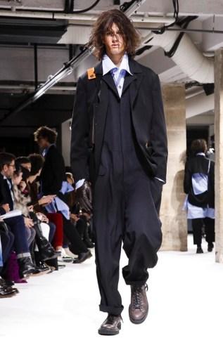 yohji-yamamoto-menswear-fall-winter-2017-paris7