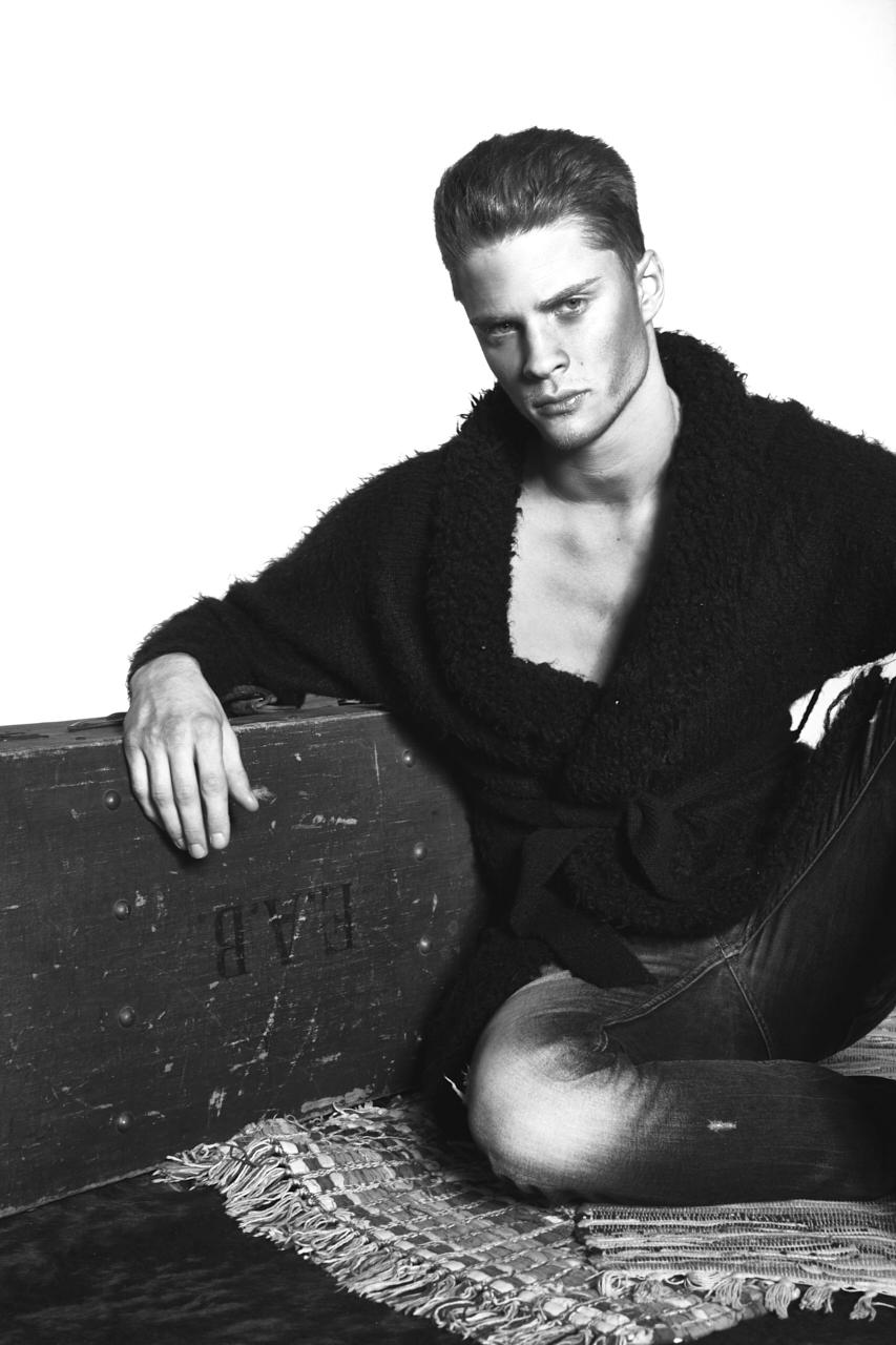 Philipp Yann Jerome by Benjamin Klakow (21)