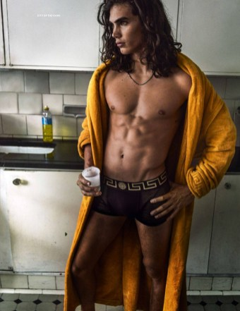 VogueHommes_SS17_phMarioTestino_18