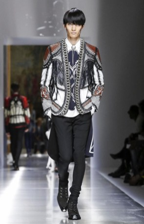 BALMAIN MENSWEAR SPRING SUMMER 2018 PARIS58
