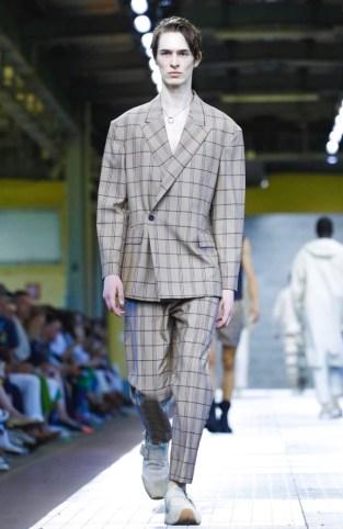 DIRK BIKKEMBERGS MENSWEAR SPRING SUMMER 2018 MILAN19