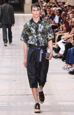 LOUIS VUITTON MENSWEAR SPRING SUMMER 2018 PARIS1