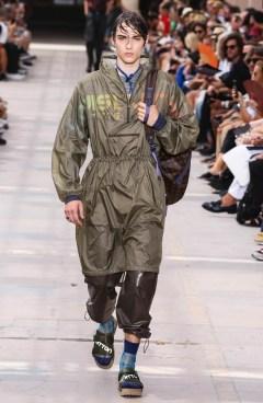 LOUIS VUITTON MENSWEAR SPRING SUMMER 2018 PARIS3