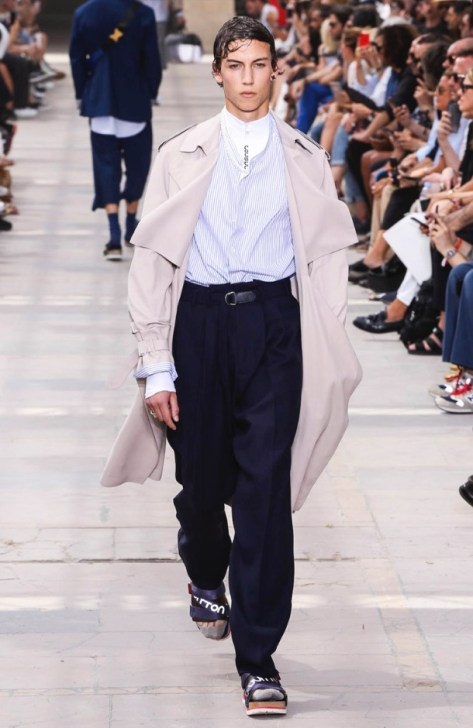 LOUIS VUITTON MENSWEAR SPRING SUMMER 2018 PARIS40