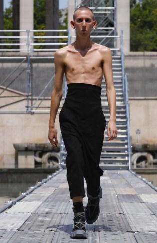 RICK OWENS MENSWEAR SPRING SUMMER 2018 PARIS33