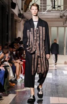 YOHJI YAMAMOTO MENSWEAR SPRING SUMMER 2018 PARIS35