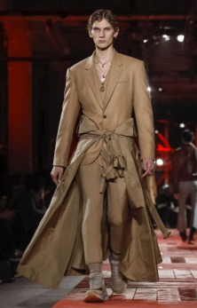 ALEXANDER MCQUEEN MENSWEAR FALL WINTER 2018 PARIS23